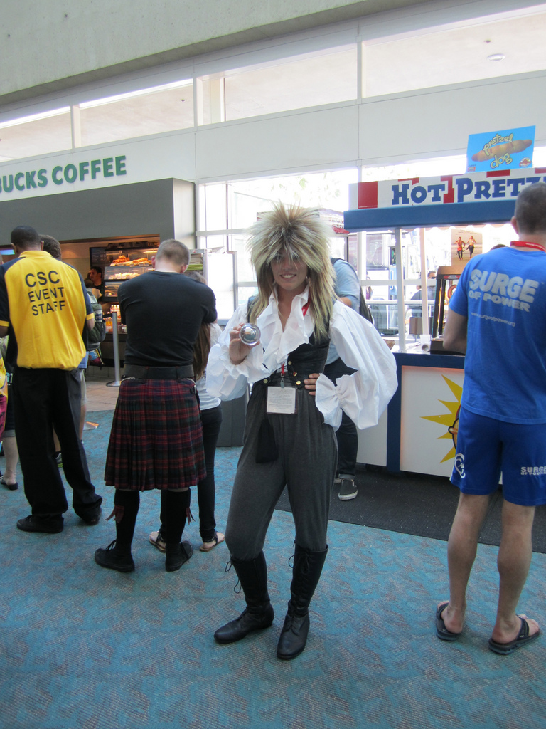 Comic con Costplay Jareth from Labyrinth