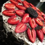 Strawberry Oreo Cake