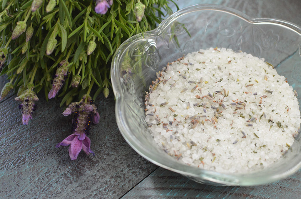 Take some time for yourself with these easy DIY lavender green tea bath salts!