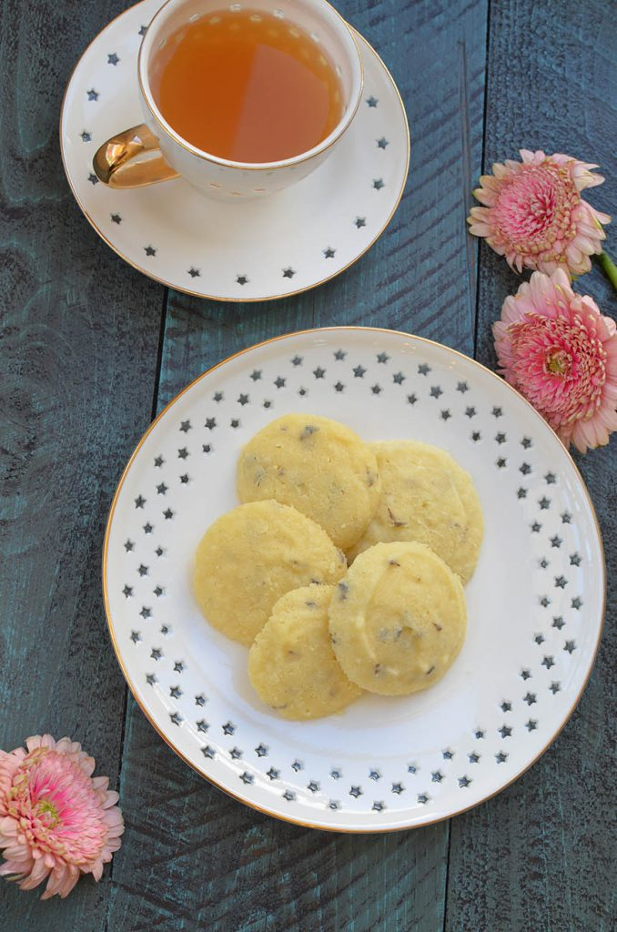 Delicious gluten free shortbread cookies with a touch of lavender